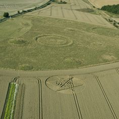 Crop circle photo by Steve Alexander