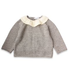 Granny knits - light gray sweater girl with pretty ruffled collar effect of ecru - Mamy Factory