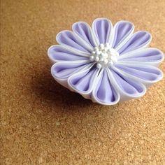 Tsumami kanzashi つまみ細工の帯留め ー ヘアゴム、ショールピンにパーツ変更可能