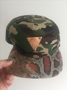 Hater gold plate cap