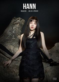 (G)I-DLE photoshoot images officially released by Cube Entertainment. Kpop Girl Groups, Korean Girl Groups, Kpop Girls, Anime Girls, Extended Play, K Pop, Rapper, Soyeon, Soo Jin