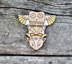 Totem wood brooch owl-raccoon-deer (laser cut)