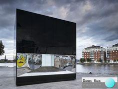 5CUBE é um pavilhão semi-permanente localizado em Hanover Quay, Dublin, que representa fisicamente o volume de petróleo consumido a cada cinco minutos na Irlanda. Ele foi projetado por Declan Scullion do escritório de arquitetura Siun Scullion Architects.