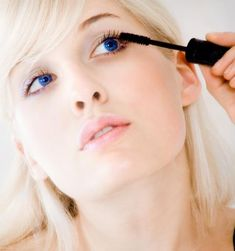 how to put on mascara perfectly
