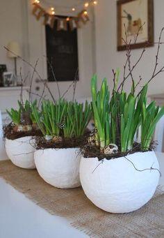 25+ DIY Deko Ideen zu Ostern, Blumentopf selber basteln, Bastelideen aus Gips