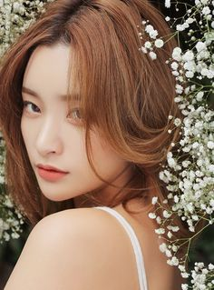 Image discovered by Darkseid. Find images and videos about model, ulzzang and byun jung ha on We Heart It - the app to get lost in what you love. Beauty Shoot, Hair Beauty, Asian Woman, Asian Girl, Byun Jungha, Pretty People, Beautiful People, Korean Makeup Look, Foto Portrait