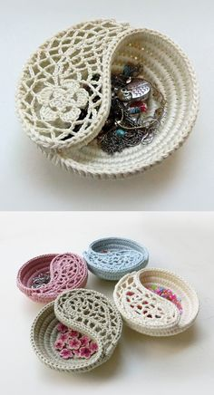 Yin Yang dish pattern by goolgool on Ravelry. 2 sizes available 6 dish 4 dish. crochet home decor trinket plate rings plate ring bearer box alternative wedding.Ajándékba The Yin yang jewelry dish. Two sizes in a discount pattern package - + Written Crochet Bowl, Crochet Diy, Crochet Motifs, Crochet Home Decor, Crochet Crafts, Yarn Crafts, Crochet Ideas, Tutorial Crochet, Crochet Paisley