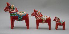 Dalahäst 20 cm by Svensk Hemslöjd Zebras, Handicraft, Home Art, Horses, Christmas Ornaments, Holiday Decor, Important, Home Decor, Gypsy