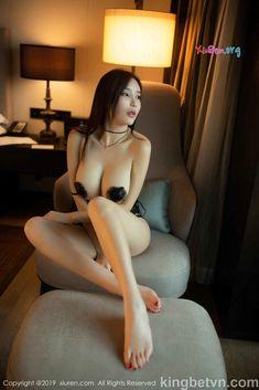 Ảnh khỏa thân của em gái Trung Quốc khoe ngực trần lồ lộ nhũ hoa Asian Makeup Natural, Asian Beauty, Bikinis, Swimwear, Stockings, Beautiful, Instagram, Fashion, Beautiful Women
