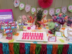 Party table at a Luau Party #luau #partytable