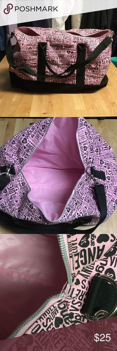 """Victoria's Secret """"Get Away"""" Bag Previously loved, clean, except the zipper broke  , so it does not zip. Zipper is gone. If you don't mind that, or know how to fix/add a new zipper then you will love this bag!! Victoria's Secret Bags Travel Bags"""