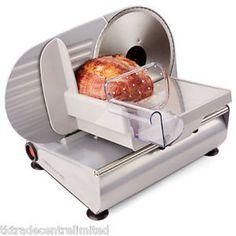 Колбасорезачка Andrew James AJ000034, 150W Мощност 150 W.  3 различни диска за рязане :  Един универсален;  Един за хляб;  Един за месо.  Предпазен бутон за включване и изключване.
