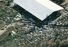 The Jonestown Massacre - Bodies lie around the compound of the People's Temple in Jonestown, Guyana on November More than 900 members of the cult led by Rev. Jim Jones died from cyanide poisoning. It was the largest mass suicide in modern history. Jonestown Massacre, Creepy History, Creepy Photos, Haunting Photos, Scene Photo, Modern History, History Pics, History Class, Historical Pictures