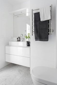 Inspiration and Ideas from Maison Valentina - Marble Ideen Bathroom Toilets, Bathroom Renos, Laundry In Bathroom, White Bathroom, Bathroom Interior, Modern Bathroom, Small Bathroom, Bathroom Storage, Minimal Bathroom