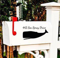 Simple yet classic coastal mailbox