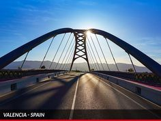 Clear way and clear sky: the perfect match for an outstanding drive in #Valencia. #Ferrari