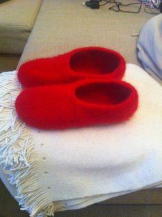 Filzhausschuhe #knitting #stricken #strickenmachtfreude  #selbstgemacht #knittinglove #filz #filzen #hausschuhe