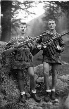 Italians armed with MAB 38 (Moschetto Automatico Beretta Modello