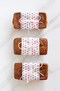 mini loaves of bread | simply wrapped & gifted