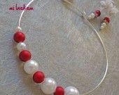 NACRE CHERRY - Parure de mariage ras du cou rouge et blanc en perles : Parure par milaekem-bijoux sur ALittleMarket ; http://www.alittlemarket.com/parure/parure_de_mariage_fillette_nacre_cherry_-756623.html