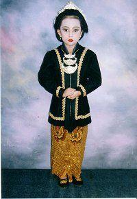 Mayla in traditionele Javaanse klederdracht