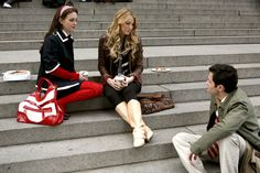 "Leighton Meester as Blair Waldorf, Blake Lively as Serena van der Woodsen and Penn Badgley as Dan Humphrey ""All About My Brother"""