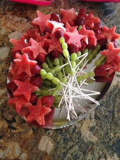 More Tinkerbell Fairy Birthday Food Ideas Read more at: http://meowchie.snydle.com/tinkerbell-birthday-party.html | Meowchie's Hideout