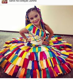 Vestido de festa junina Kids Outfits Girls, Cute Girl Outfits, New Outfits, Girls Dresses, Baby Silhouette, Kids Frocks, Recycled Fashion, Easter Dress, Pageant Dresses