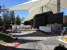 It's a pretty day at Shoreline Amphitheater.