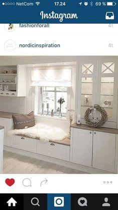 Kjøkken ähnliche tolle Projekte und Ideen wie im Bild vorgestellt findest du auch in unserem Magazin . Interior Design Kitchen, Kitchen Decor, Ikea Kitchen, Kitchen Blinds, Country Kitchen, Rustic Kitchen, Home Fashion, Home And Living, Home Kitchens