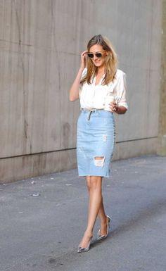 Blusa blanca + falda jeans + cinturon