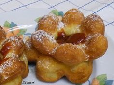 Szánter blogja.: Így sütök rózsafánkot. Challah, Onion Rings, Pretzel Bites, French Toast, Bread, Breakfast, Ethnic Recipes, Blog, Sweet Treats