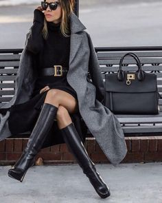 Winter Fashion Trends 2020 for Casual Outfits – Fashion Black Women Fashion, Look Fashion, Womens Fashion, Nail Fashion, White Fashion, Unique Fashion, Korean Fashion, Luxury Fashion, Vintage Fashion