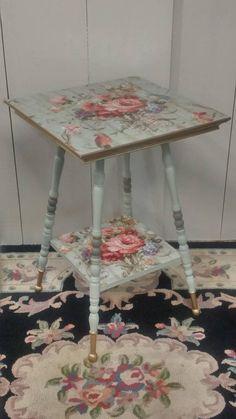 Hand Painted Furniture, Funky Furniture, Refurbished Furniture, Paint Furniture, Shabby Chic Furniture, Shabby Chic Decor, Furniture Projects, Furniture Makeover, Vintage Furniture