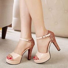 European Fashion Sexy Sequin Decorated Patent Leather Peep-toe One-buckle Chunky Heels Sandals