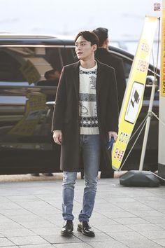 151201: EXO Chen (Kim Jongdae); Incheon Airport to Hongkong Airport #exo…