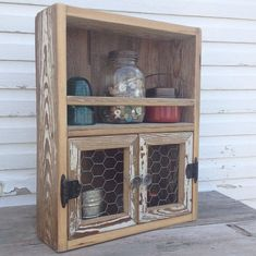 Reclaimed wood cabinet Chicken wire decor Kitchen shelf Wooden spice rack on Ets. - Home Decor Barn Wood Projects, Reclaimed Wood Projects, Recycled Wood, Repurposed, Pallet Crafts, Wood Crafts, Rustic Furniture, Diy Furniture, Rustikalen Shabby Chic