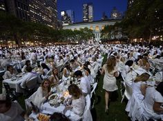 Diner en Blanc | Some 4,000 guests, all dressed in white, showed up for the secret dinner party in New York City's Bryant Park.