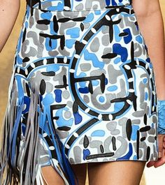 SS 15 / Fendi Women's Summer Fashion, Runway Fashion, Milan Fashion, Womens Fashion, Fashion Today, Color Patterns, Print Patterns, 2015 Trends, Stage Outfits