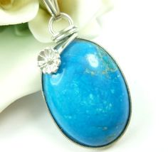 This dyed turquoise Howlite gemstone is a strikingly beautiful shade of vivid blue. Howlite in its natural state is a white stone with similar patterns as turquoise. Because of Howlite's porous textur