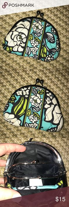 Vera Bradley Coin Purse Great little Coin Purse with a fun pattern! Make sure to check my closet for the matching Crossbody! Vera Bradley Bags Wallets
