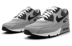 "Nike Air Max 90 ""Wolf Grey"""