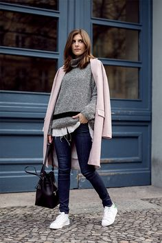 GREY SWEATER AND PASTEL COAT Simple et Chic waysify