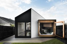 Gallery of Datum House by FIGR. Architecture | Located in Melbourne, Australia | Photographed by Tom Blachford - 2