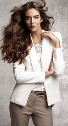What to Wear on Valentine's Day cute outfits Office Fashion, Work Fashion, Fashion Outfits, Womens Fashion, Pink Beige, Business Outfits, Business Fashion, Business Wear, Business Class