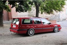 My 850 wagon lowered Volvo stance - Carpassionhome Volvo 740, Volvo Wagon, Volvo Cars, Classic Motors, Classic Cars, Volvo Estate, Vw Mk1, Good Looking Cars, Modified Cars