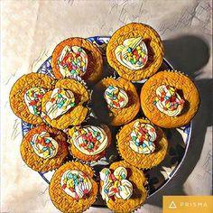 """Um sábado tão doce quanto os Cupcakes da nossa Aula """"O Que Eu Tenho de Torta, Tenho de Feliz """". #auladetortas #pizzato 🌱🐔🐄🍫🍰 @donamanteiga #donamanteiga #danusapenna #amanteigadas #gastronomia #food #bolos #tortas www.donamanteiga.com.br"""