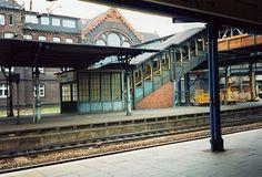 Bahnhof Hamburg - Harburg | Als es in Harburg noch Postwagen gab und die Post noch AM Bahnhof war. Um 1982