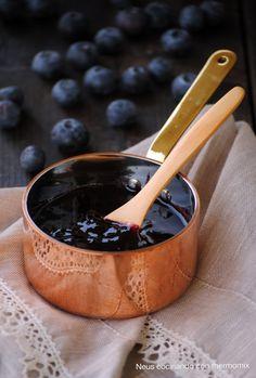 """La s alsa de arándanos o """" cranberry """" es un acompañamiento clásico en EEUU el día de Acción Gracias junto con el pavo, pero ellos la elab..."""