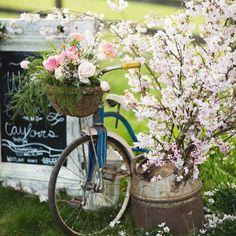 Instagram photo by @nichestylists via ink361.com Niche Decor, Planter Pots, Bike, Instagram, Bicycle, Bicycles